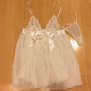 Victoria's Secret babydoll size S